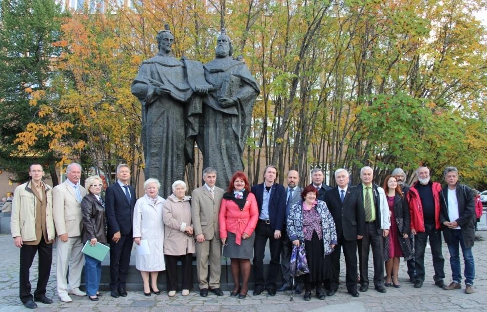 В Мурманской областной научной библиотеке состоялась встреча участников Славянского хода – 2018